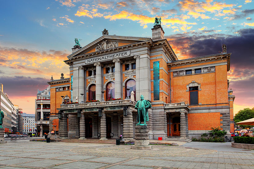 Image Norvege Oslo theatre national  it