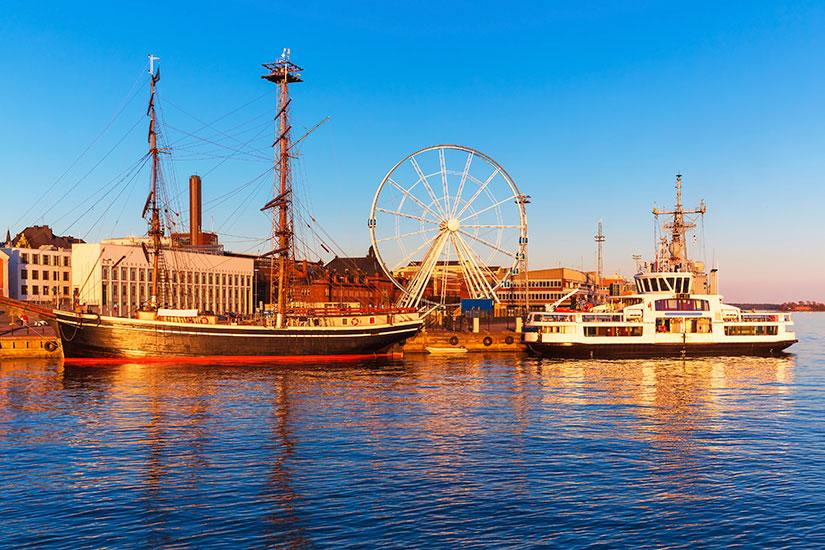 image Finlande Helsinki port  it