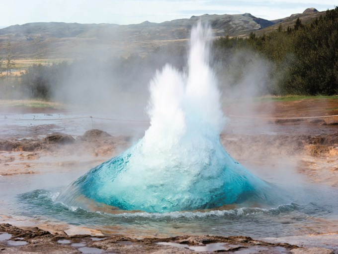 image Islande eruption geyser