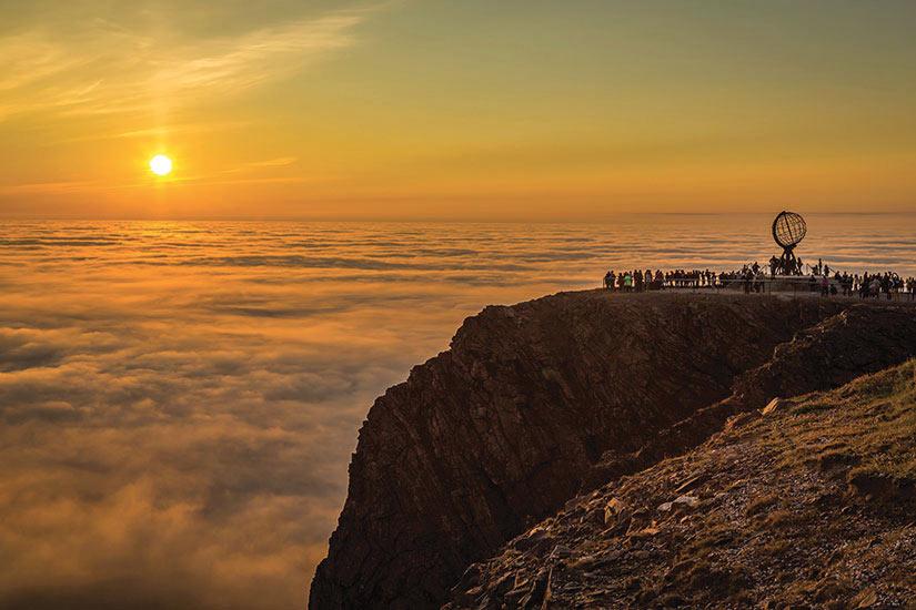 image Norvege Nordkaap Cap nord sous le soleil de minuit  it