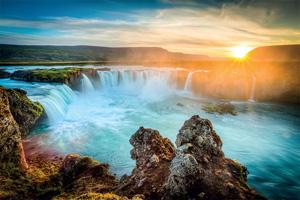 autotour 1 islande godafoss au coucher du soleil belle cascade longue exposition 05 fo_69637634