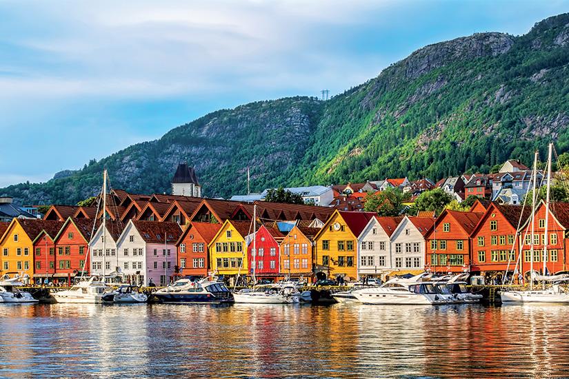 (image) image Bergen Norvege Vue de batiments historiques a Bryggen 79 as_190816719