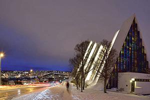 circuit norvege tromso cathedrale arctique  fo
