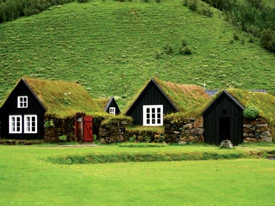 islande maison traditionnelle  fotolia